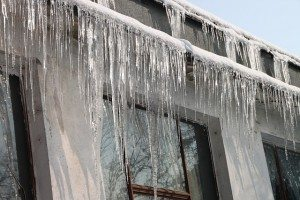 cold-icicles-house-300x200
